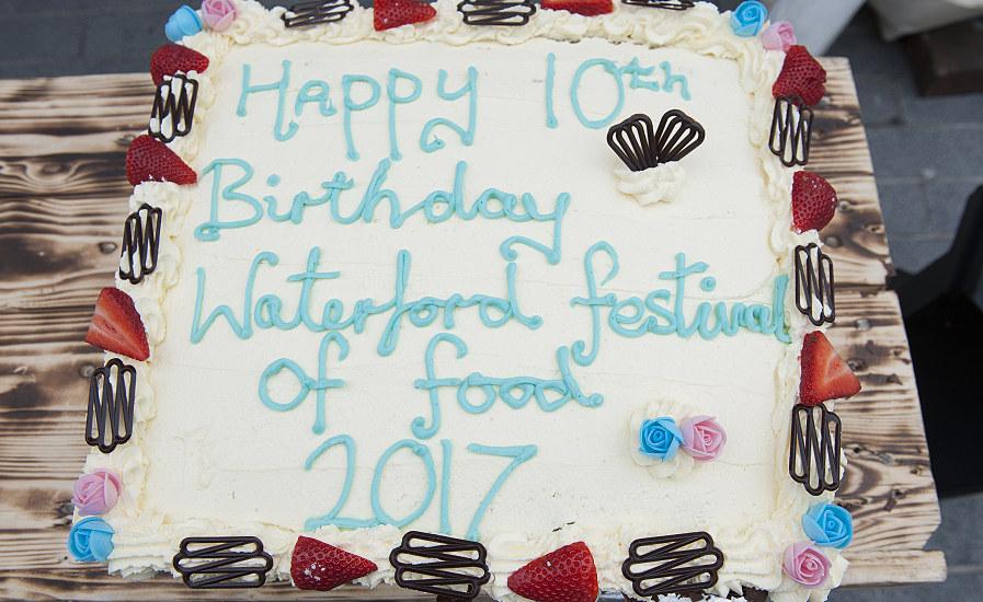 Birthday Cake Wwfof